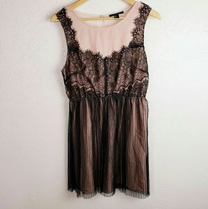 Forever 21 Large Peach Black Lace Pleated Dress